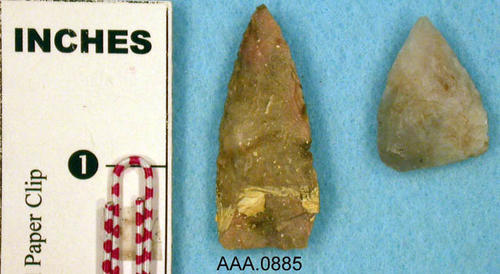 This artifact collection consists of two points.  Their age and source is unknown.