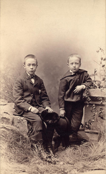 Photo of Henry and Frank Chapman. From the Collection of Adelaide Jameson David.