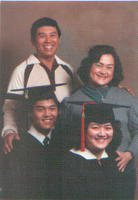 Julie Luna Family Graduation Photo