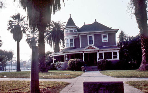 This slide is of the Corona residence located at 1124 S. Ramona Avenue.  It was taken during April 1985.  - SLIDE CONDITION:  Good