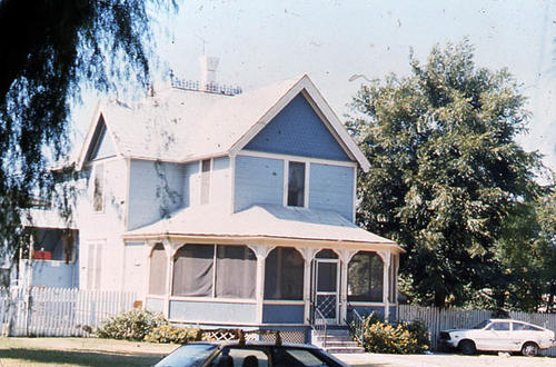 This slide is of the Corona residence located at 1116 S. Ramona Avenue.  It was taken during April 1985.  - SLIDE CONDITION:  Good. (Note: BUI-res-0089 is a similar view.)