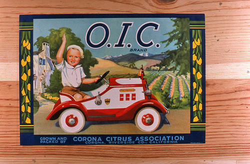 "This slide is of the ""O.I.C."" brand.  This lemon product was grown and packed by the Corona Citrus Association - Corona, Riverside County, California. - SLIDE CONDITION:  Good."