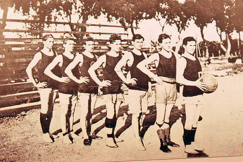 This slide is a photograph of an early men's basketball team.  SLIDE CONDITION:  Good