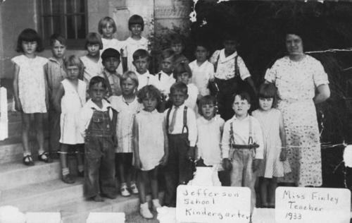 Jefferson School kindergarten class picture. Teacher: Miss Finley.