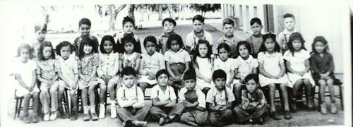 Class photo of a younger grade at Washington School.