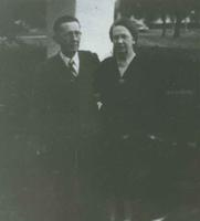 Dutch and Edna Velthoen pictures