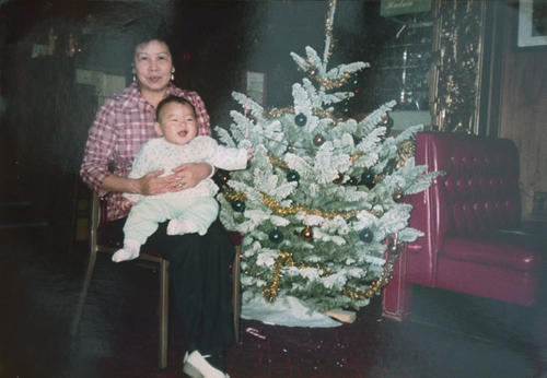 Portrait of Mee Woo and Suling Woo during Christmas.